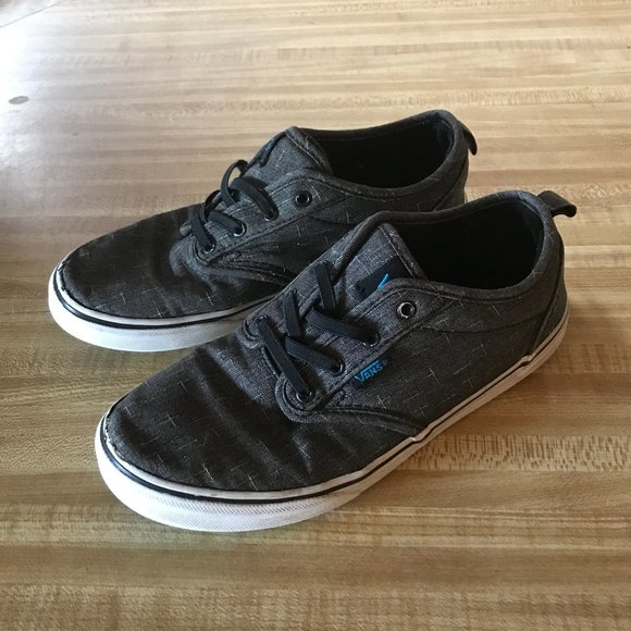 Boys Youth Size 5 Gray Lace Up Vans Sneakers